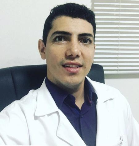 Fisioterapeuta_Goiania_Dr_Daniel_Caixeta_small